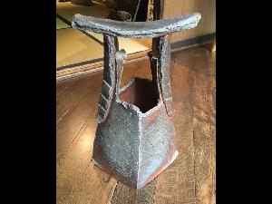 Bizen Handled Vase-Sculpture by Kakurezaki Ryuichi