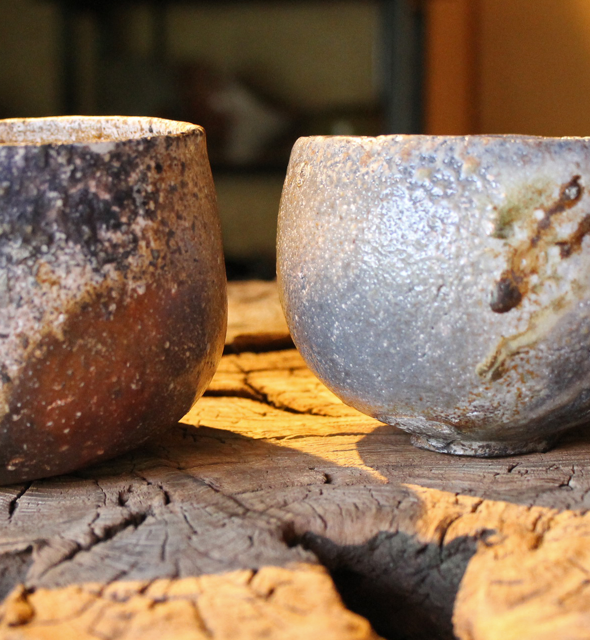 Two Yakishime Chawan by Kishino Kan